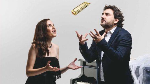 Los geniales Antonio Serrano y Constanza Lechner lo bordan con su álbum 'Clásicos Españoles y Argentinos'