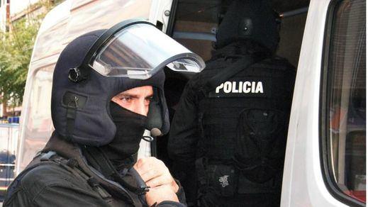 Detenido un miembro del DAESH que almacenaba manuales para cometer atentados