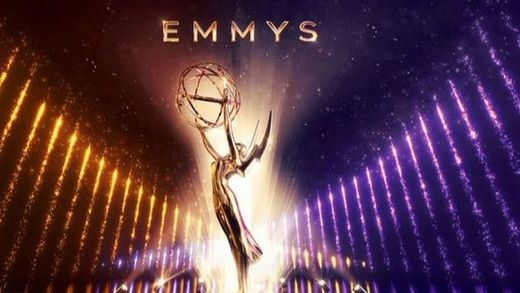 Premios Emmy: 'Juego de Tronos' triunfa en su despedida pese a las críticas de los fans