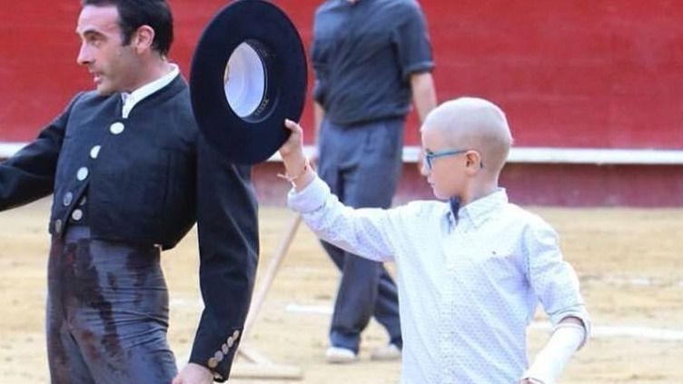 Absueltos los 3 acusados que arremetieron en redes contra el niño con cáncer que quería ser torero