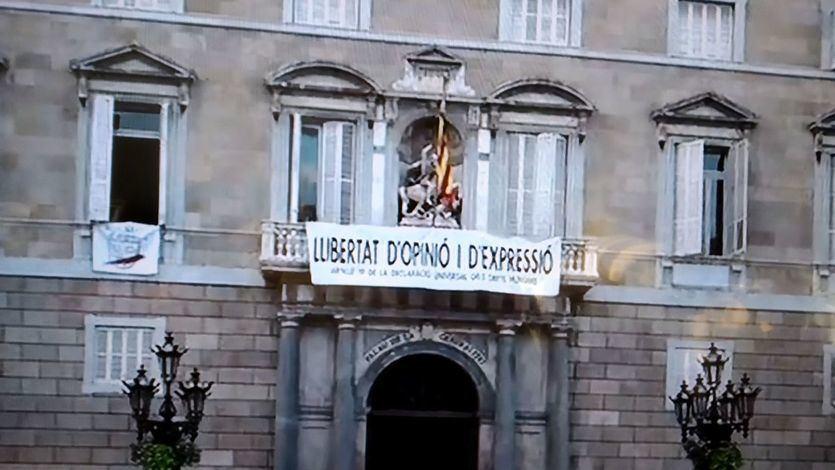 Torra responde al TSJC colgando nuevas pancartas por la 'libertad de expresión'