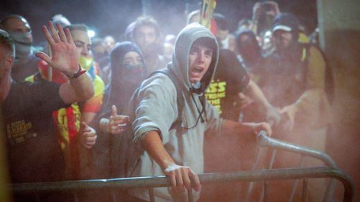 Cataluña conmemora el segundo aniversario del 1-O temiendo una jornada de tensión y violencia