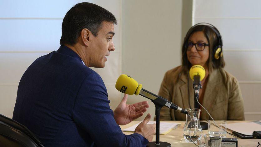 Pedro Sánchez, en un momento de la entrevista realizada por Àngels Barceló en el programa 'Hoy por hoy', de la Cadena SER