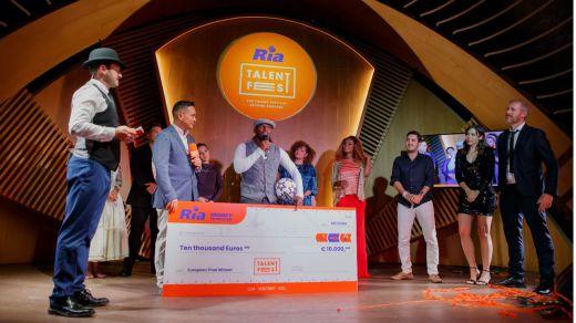 El guineano residente en Francia Iya Traoré, ganador del Ria Talent Fest Europa.
