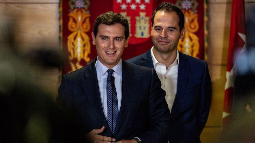 Rivera ahora sí quiere verse con Sánchez, pero sólo para hablar de Cataluña