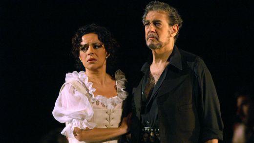 Plácido Domingo, acorralado en EEUU: deja también la Ópera de Los Ángeles