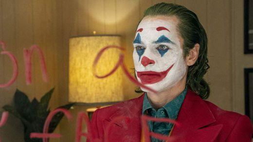 Crítica de la película 'Joker': abajo los superhéroes y su cine, ¡viva el Joker!