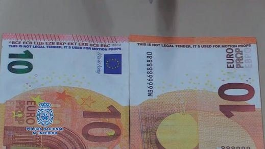 Billetes falsos que engañan, pese a que lleven escrito que no son legales