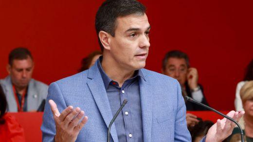 El PSOE acentúa su tendencia a la baja en las encuestas pese a mantenerse como fuerza más votada