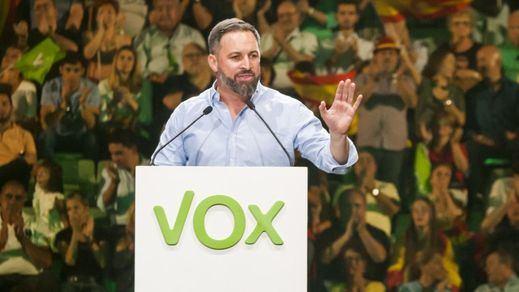 Novedades en las encuestas: Vox adelanta a Ciudadanos, el PSOE y Más País flojean