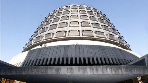 El Constitucional advierte a la Mesa del Parlament de las posibles consecuencias penales de insistir en el procés