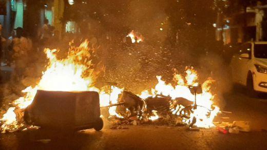 Se dispara la violencia en las calles de Cataluña y el Gobierno sopesa aplicar medidas extremas de seguridad