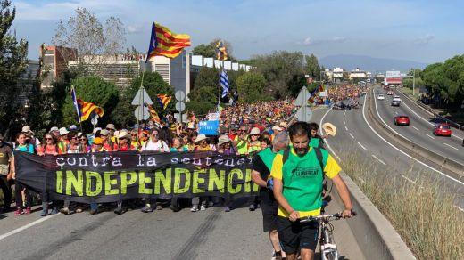 Cataluña ya afronta un duro viernes de huelga general y más concentraciones de protesta por la cercanía del fin de semana