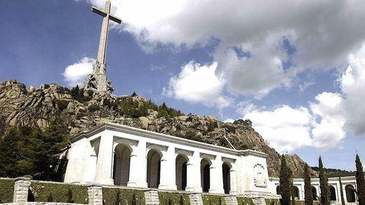 El Gobierno hace oficial que se procederá a la exhumación de Franco el jueves 24