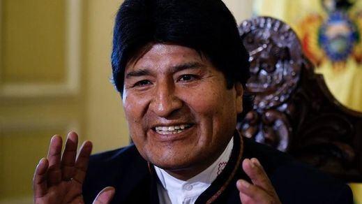 Bolivia: Evo Morales asegura haber ganado las elecciones y la oposición denuncia manipulación en el recuento