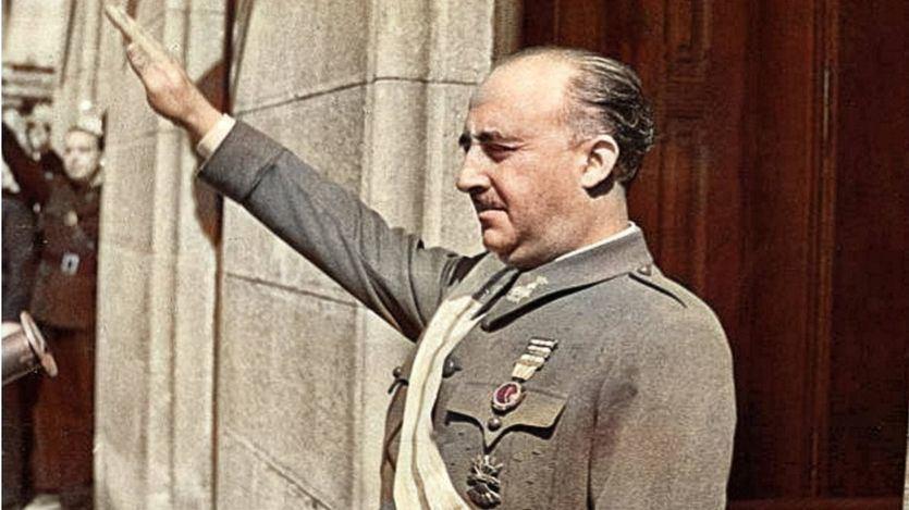 La ultraderecha se moviliza ante la inminente exhumación de Franco