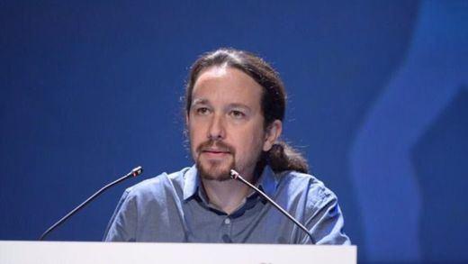 Pablo Iglesias llama a Franco