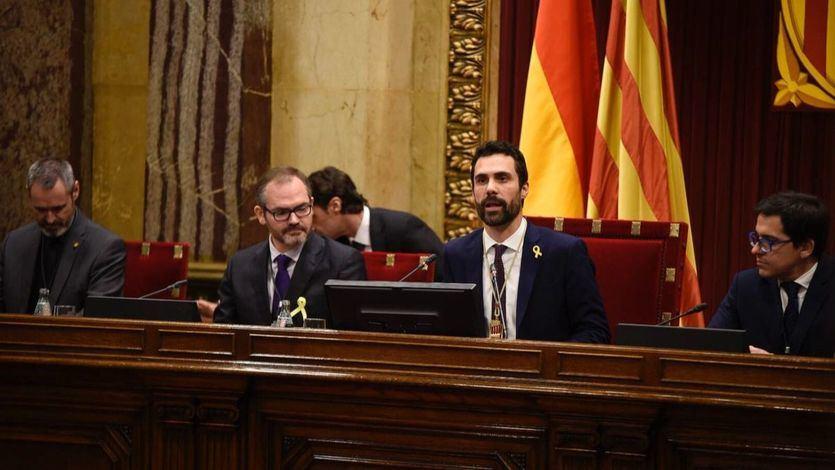JxCat, ERC y CUP desoyen las advertencias del Tribunal Constitucional con una resolución de defensa de la autodeterminación