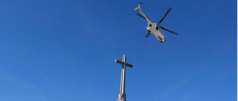 Helicóptero saliendo del Valle de los Caídos