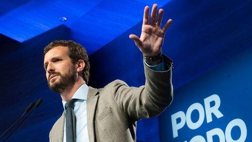 El PP confía en recuperar el centenar de escaños ante el desplome de Cs y Vox