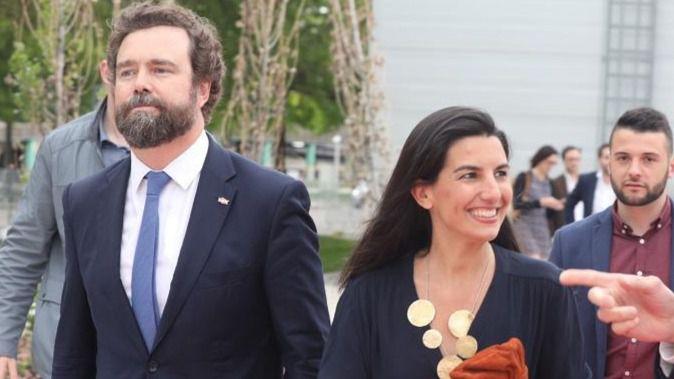 Nuevo escándalo en torno a los dirigentes de Vox Espinosa de los Monteros y Rocío Monasterio