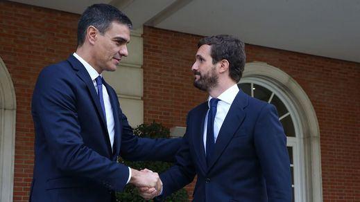 Todo sigue igual en las encuestas: el PSOE gana, el PP remonta y no hay ningún pacto que sume salvo la gran coalición