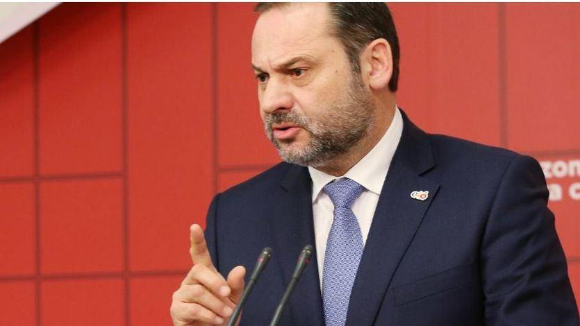 Ábalos advierte de que si no gobierna el PSOE, lo hará el PP 'con apoyo de los franquistas'