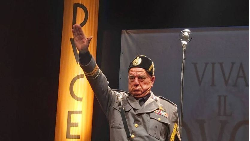 'Yo, Mussolini': ¡Ojo a la resurrección del fascismo!