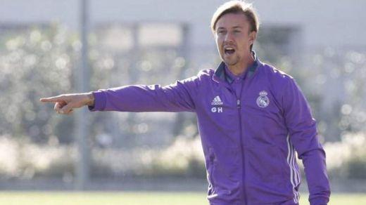 El Almería despide a su entrenador siendo segundo en la tabla para fichar a Guti