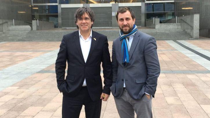 Antoni Comí, junto a Carles Puigdemont en Bruselas