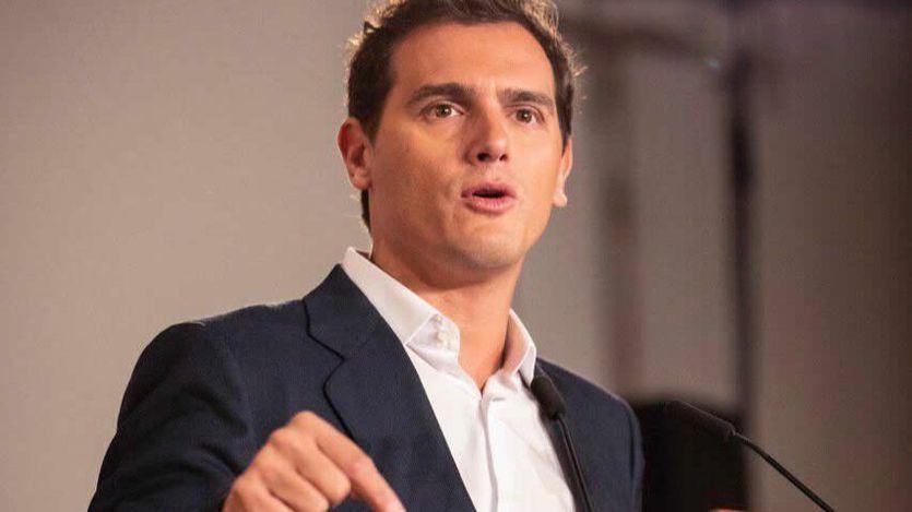 Rivera rescata el cheque bebé de Zapatero: 1.200 euros al año para familias monoparentales o con 2 hijos