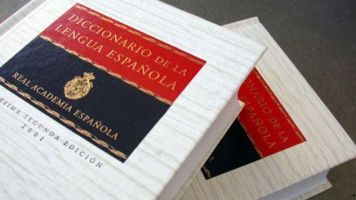 La RAE incorpora capillita, zasca, casoplón y bordería, entre otros términos, a su diccionario