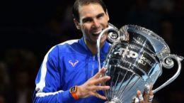 Rafael Nadal recoge el trofeo de nº1 del mundo 2019