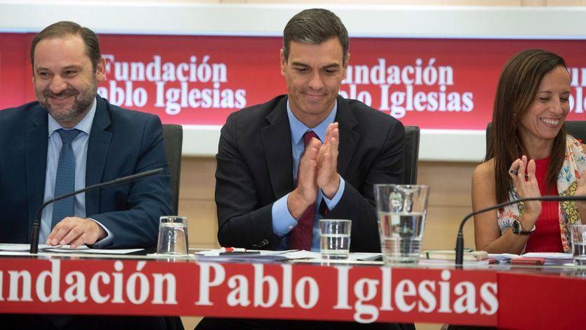 El PSOE se sacude el 'caso de los ERE' y afea al PP 'su corrupción sistémica'
