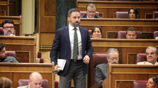 PSOE y Podemos planean un cordón sanitario a Vox en el Congreso dejando de lado al PP