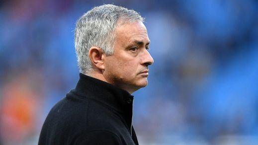 Mourinho vuelve a los banquillos sustituyendo a Pochettino en el Tottenham
