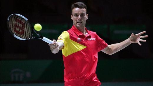 Roberto Bautista abandona la Copa Davis tras el fallecimiento de su padre