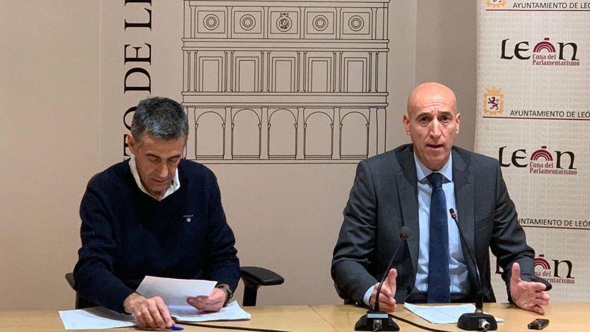 Las polémicas declaraciones del alcalde socialista de León sobre la 'ruptura' de Castilla y León