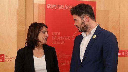 PSOE y ERC negociarán la investidura tras las consultas a sus bases