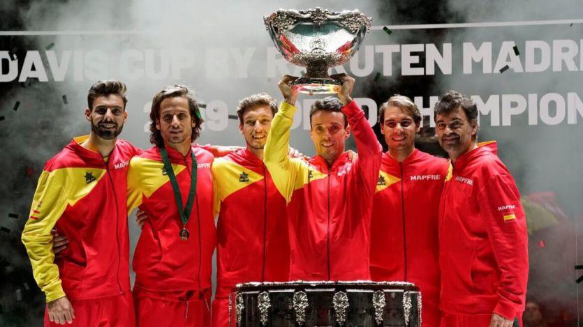 Bautista y Nadal, heroicos, dan la sexta Copa Davis al tenis español