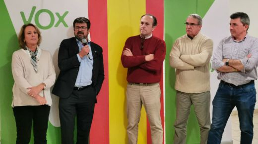 La cúpula de Vox en Murcia dimite por