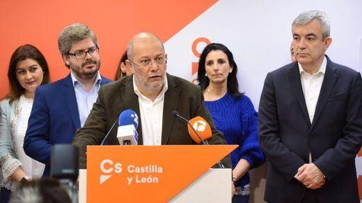 Los audios de la reunión de Ciudadanos revelan tensión en el sector crítico