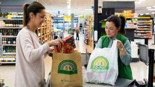 Mercadona inaugura una nueva tienda eficiente en la calle Pintor Juan Gris, Madrid