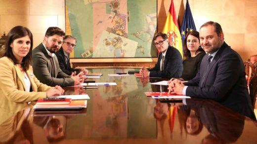 PSOE-ERC se emplazan a una tercera reunión tras otra cita que no logra desatascar la investidura