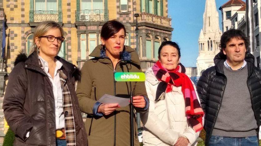 Bildu 'contraprograma' un acto de Álvarez de Toledo en Bilbao