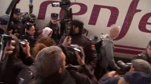 Greta Thunberg ironiza sobre el brutal acoso de la prensa a su llegada a Madrid