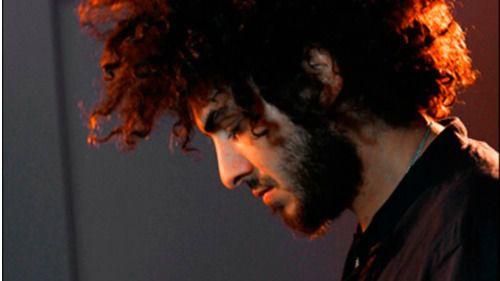 Lin Cortés, el 'Indomable' del nuevo flamenco, actúa en ese altar de la música en directo que es el Café Berlín (vídeo)