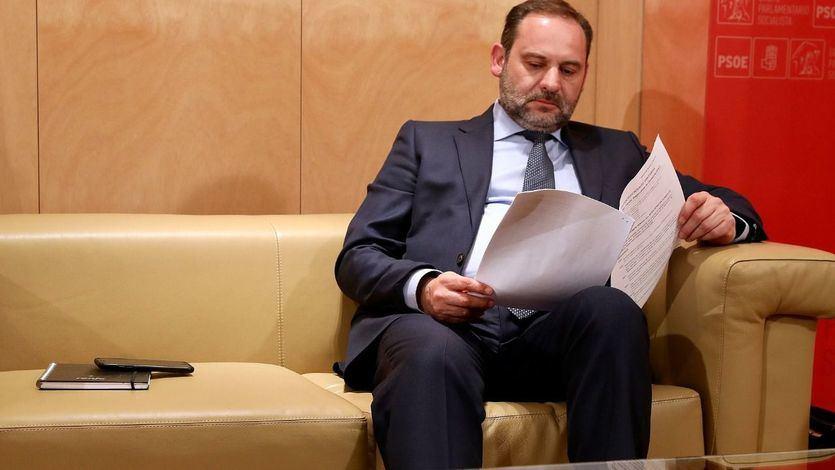 Máxima tensión en el Gobierno y el PSOE por la actitud de Ábalos: ¿por qué dinamitó las negociaciones con ERC?