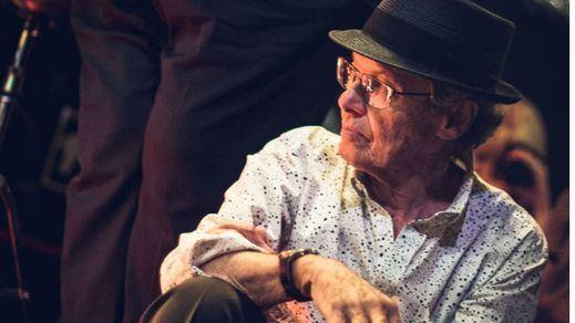 Justo y merecido homenaje de los mejores músicos de jazz al legendario Dick Angstadt (vídeo con entrevista)