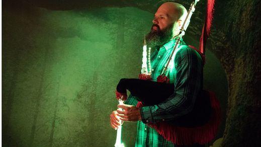 Bras Rodrigo ilumina la gaita en Navidad con su mejor música... y sus revolucionarias luces para este instrumento (vídeos)